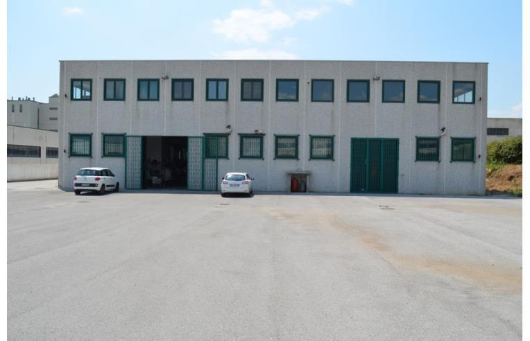 Foto 1 - Capannone in Vendita da Privato - Eboli (Salerno)
