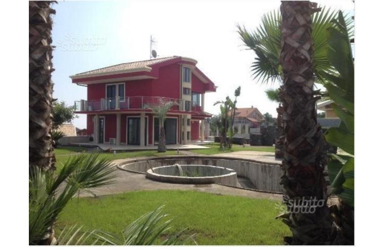 Foto 1 - Villa in Vendita da Privato - Aci Sant'Antonio, Frazione Santa Maria La Stella