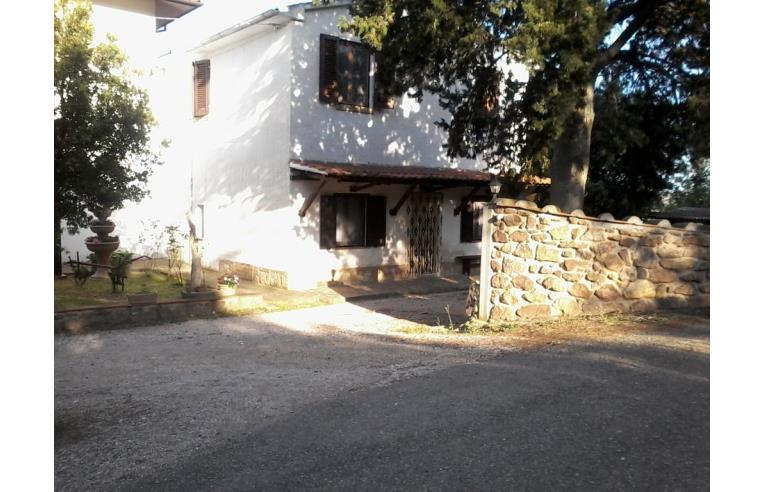 Privato vende casa indipendente appartamento indipendente for Case 5 camere da letto in vendita vicino a me