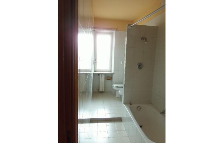 Privato vende appartamento trilocale rivoli annunci - Vica arredo bagno ...