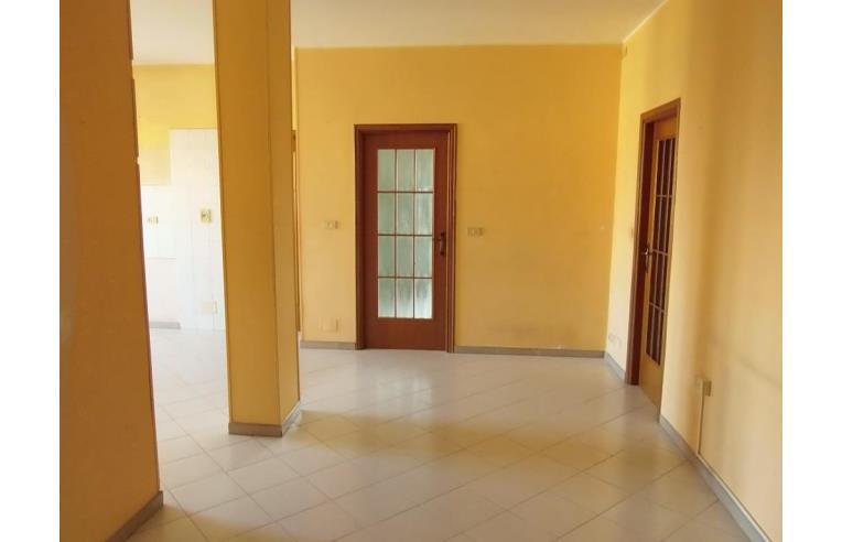 Privato vende appartamento trilocale annunci rivoli for Vica arredo bagno