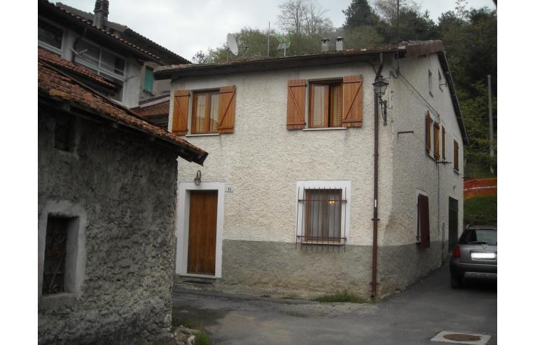 Privato vende rustico casale casa indipendente ammobiliata annunci pallare frazione - Casa ammobiliata ...