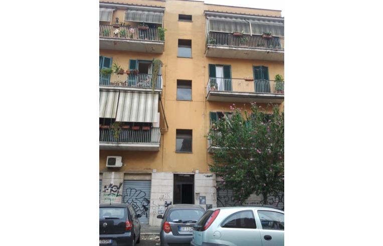 Privato affitta appartamento affitto monolocale a soli for Appartamenti centocelle roma