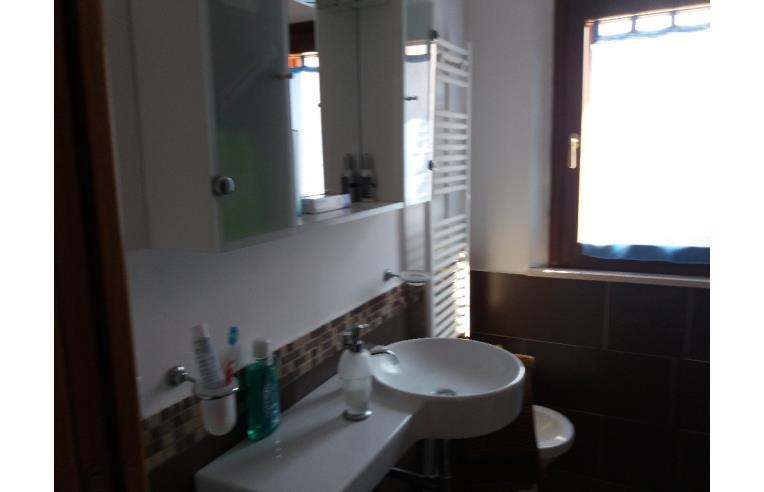 Privato vende loft open space appartamento al primo piano for Piani loft appartamento