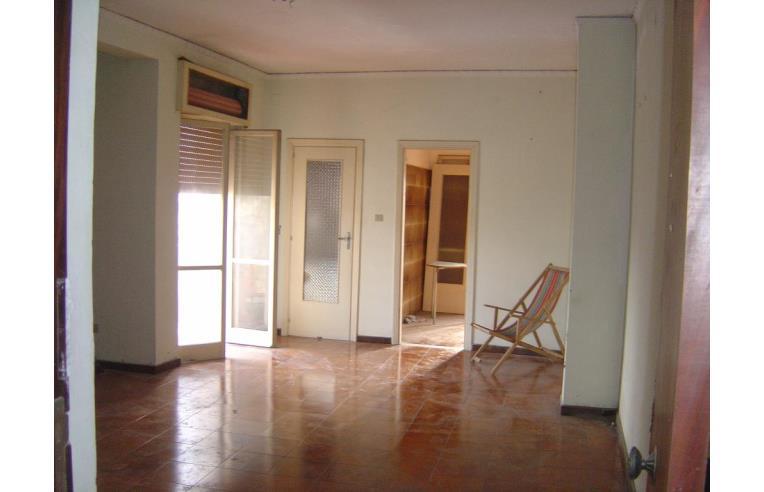 Foto 1 - Palazzo/Stabile in Vendita da Privato - Napoli, Zona Chiaiano