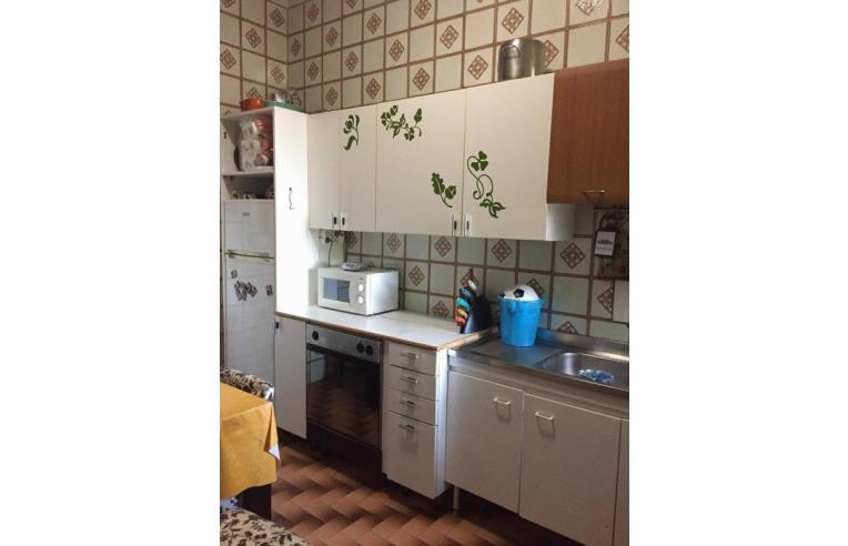 Privato affitta casa indipendente appartamento in casale for Affitto roma laurentina