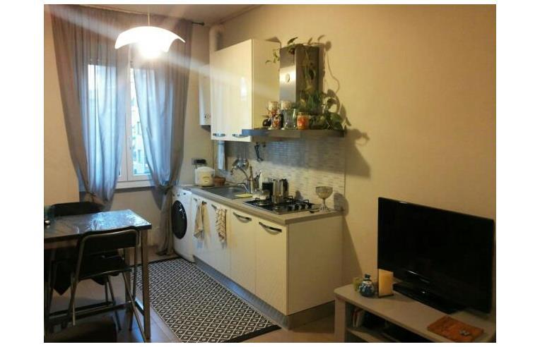 Privato affitta stanza singola stanza matrimoniale disponibile dal 1 settembre annunci - Singola con bagno privato milano ...