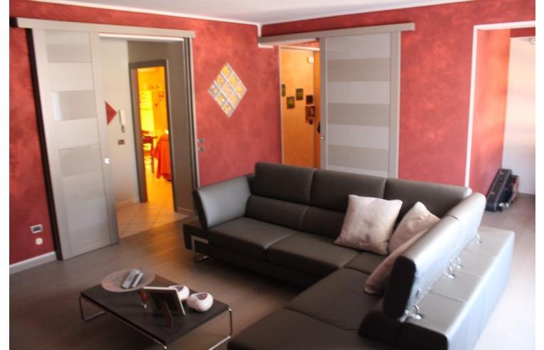 Privato vende appartamento appartamento su due piani for Appartamento garage prefabbricato a 2 piani