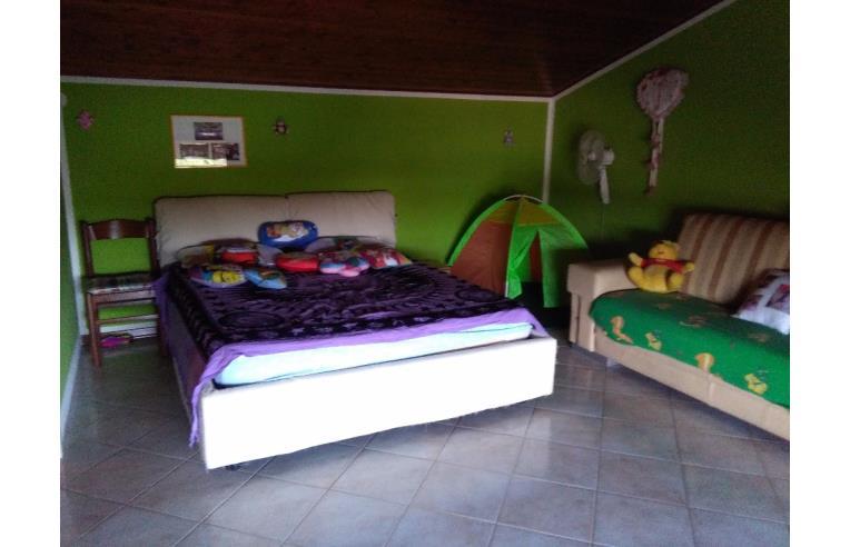 Privato vende casa indipendente appartamento annunci for 4 piani di camera da letto 2 piani