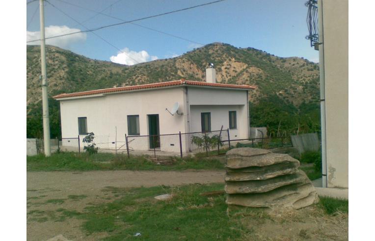 Privato affitta casa indipendente casa indipendente ammobiliata in montalbano elicona me sic - Casa ammobiliata ...