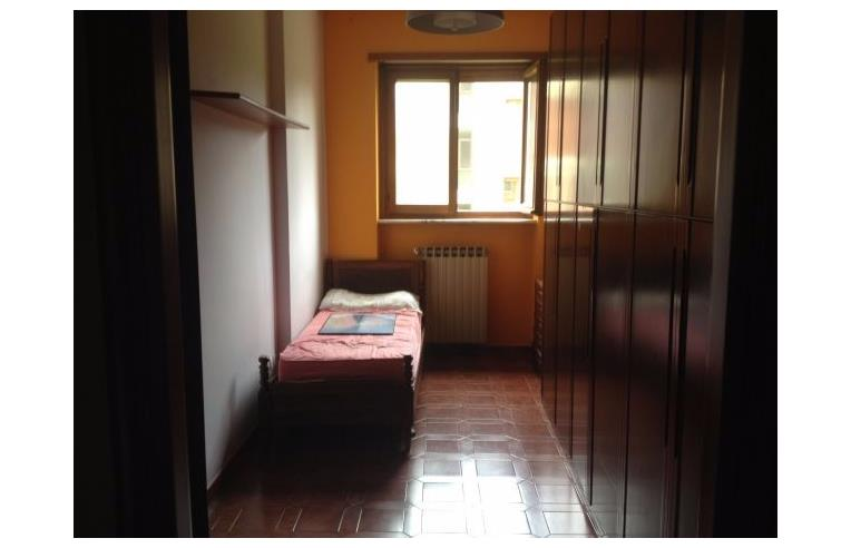 Privato affitta appartamento appartamento in condivisione for Affitto collegno arredato