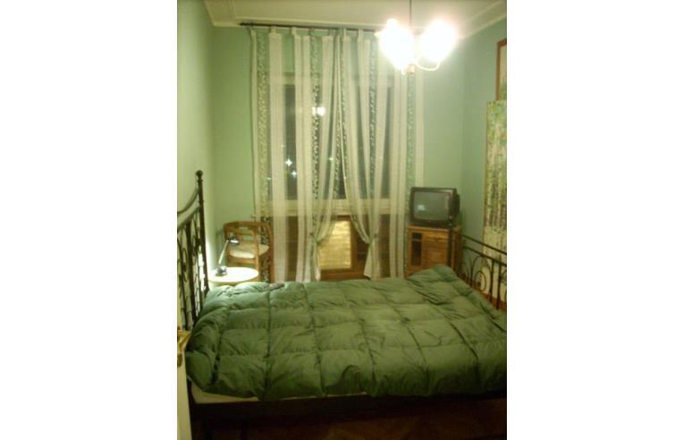 Privato affitta appartamento affitasi appartamento for Appartamento arredato torino