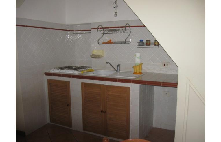 Privato vende casa indipendente appartamento centro for 3 piani della casa della camera da letto di storia 5