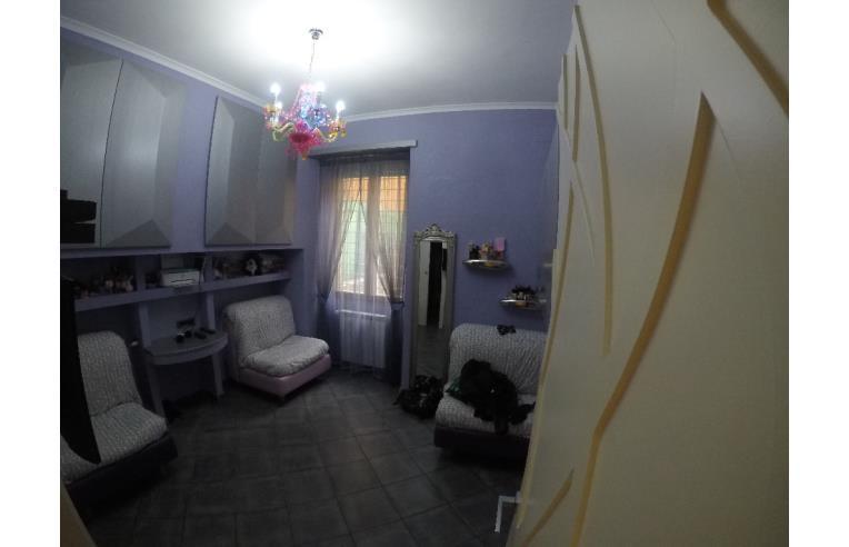 Privato vende appartamento vendesi appartamento annunci for Appartamenti centocelle roma