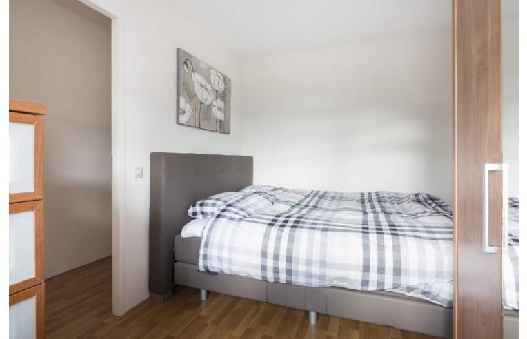 Privato affitta stanza singola stanza singola parioli for Parioli affitto roma