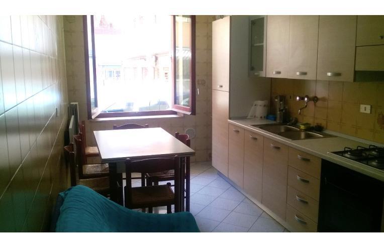 Camere Pescara Centro : Privato affitta appartamento camere in appartamento pescara