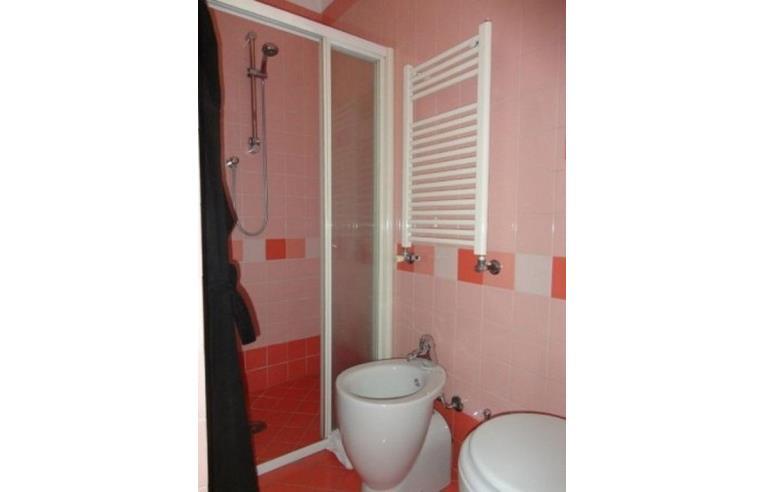 Privato affitta stanza singola camera matrimoniale prati annunci roma zona prati - Stanza con bagno privato roma ...