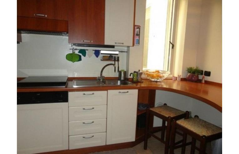 Privato affitta stanza singola camera matrimoniale prati for Affitto roma prati