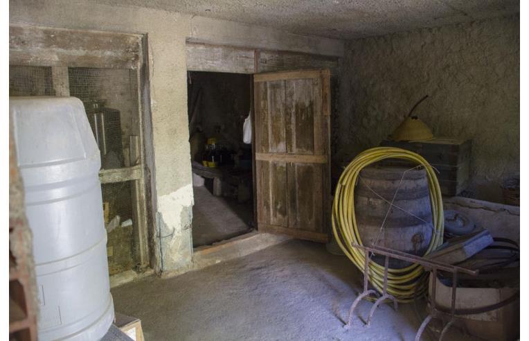 Privato vende rustico casale casale mili san pietro for Tipi di abitazione