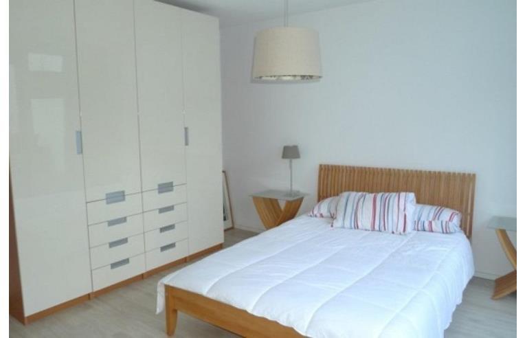 Privato affitta stanza singola camera zona barona annunci milano zona barona - Singola con bagno privato milano ...