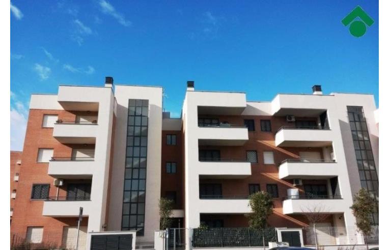 Privato vende appartamento 50mq colle degli abeti for Arredamento roma est