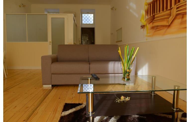 Offerte Vacanze Bed Breakfast B B La Torretta Chiaia Annunci Napoli Zona Chiaia Rif 135224