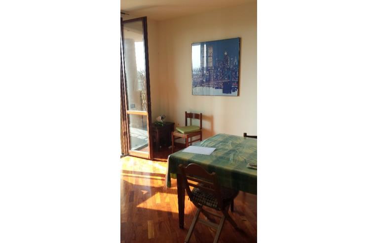 Privato affitta appartamento appartamento vidigulfo for Affitto voghera arredato