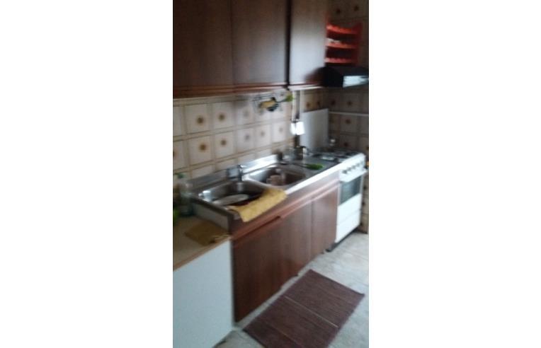 Privato affitta appartamento affitto stanza arredata a for Monolocale palermo affitto arredato