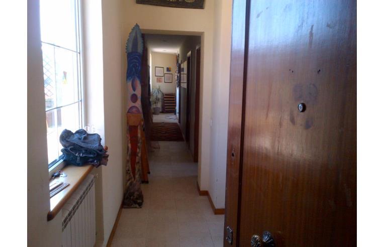 Privato Vende Appartamento, luminoso con terrazzo a livello ...