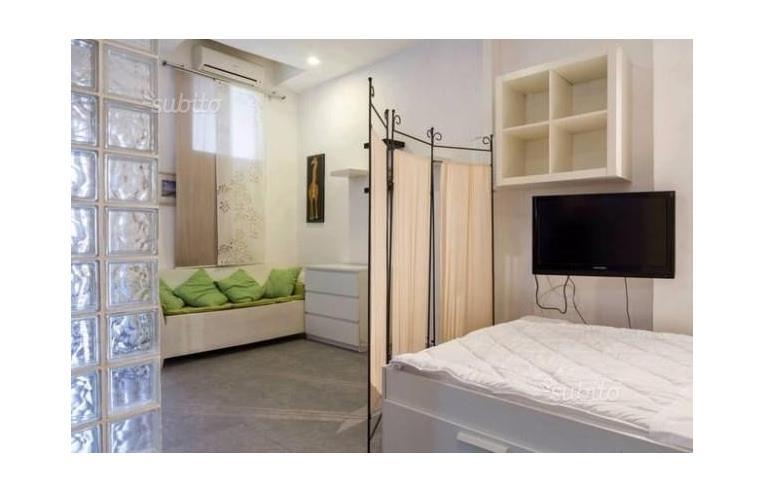 Foto 3 - Casa indipendente in Vendita da Privato - Catania, Zona Borgo