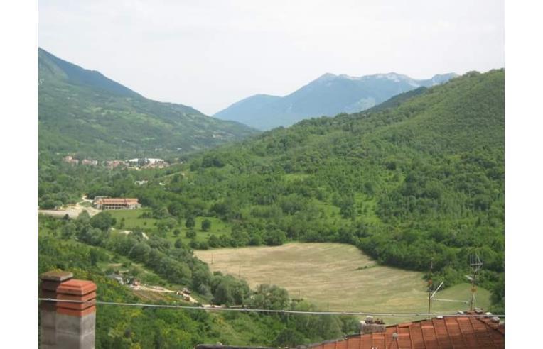 Foto 1 - Casa indipendente in Vendita da Privato - Capistrello, Frazione Pescocanale