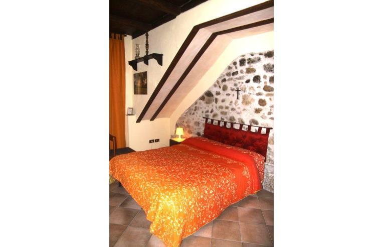 Privato affitta casa vacanze vacanze al mare a cefal for 5 case kit da letto