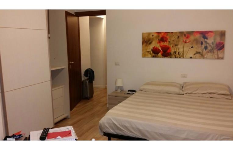 Privato affitta stanza singola stanza con bagno luiss - Stanza con bagno privato roma ...