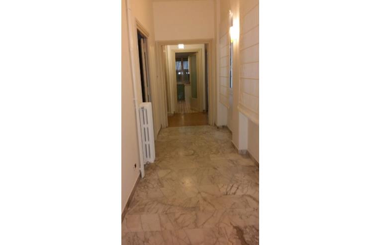 Privato affitta appartamento affitto camera annunci for Affitto ufficio roma zona prati