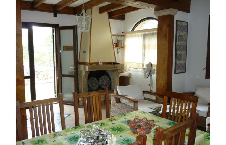 Privato affitta villetta a schiera vacanze villetta con giardino a san teodoro annunci san - Casa vacanza con giardino privato liguria ...