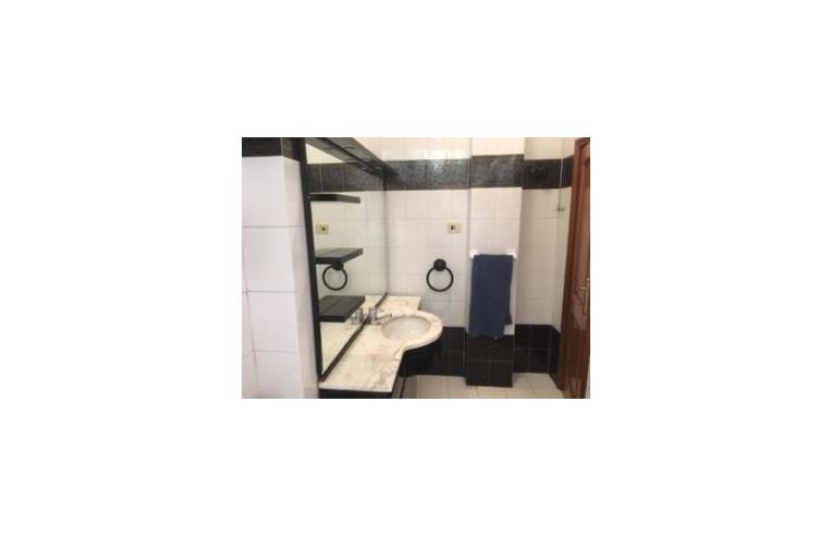 Privato affitta appartamento eur decima quadrilocale for Affitto appartamento arredato roma