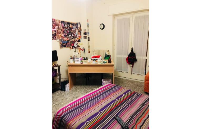 Privato affitta stanza singola singola per studentesse for Stanze in affitto bari