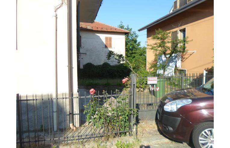 Privato vende casa indipendente casa indipendente con 2 for 3 piani casa con bagno privato