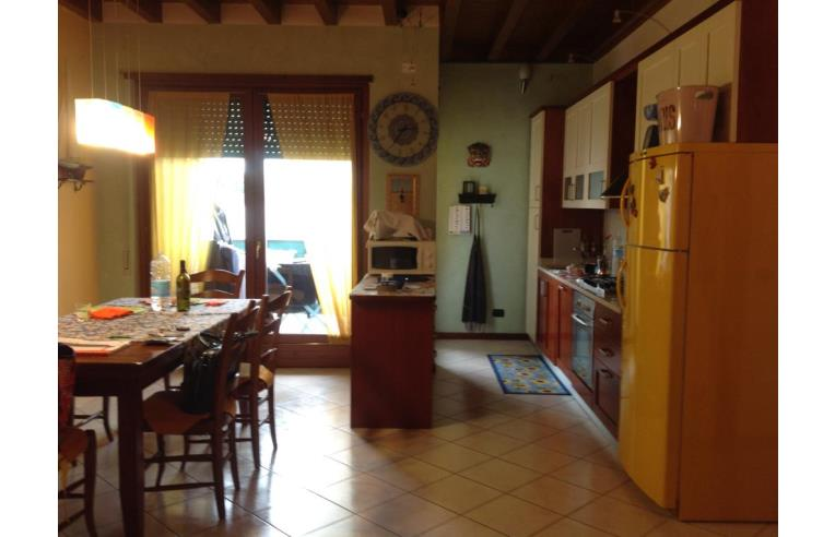 Appartamento Cucina Abitabile Isola Scala - Elenchi E Prezzi Di ...