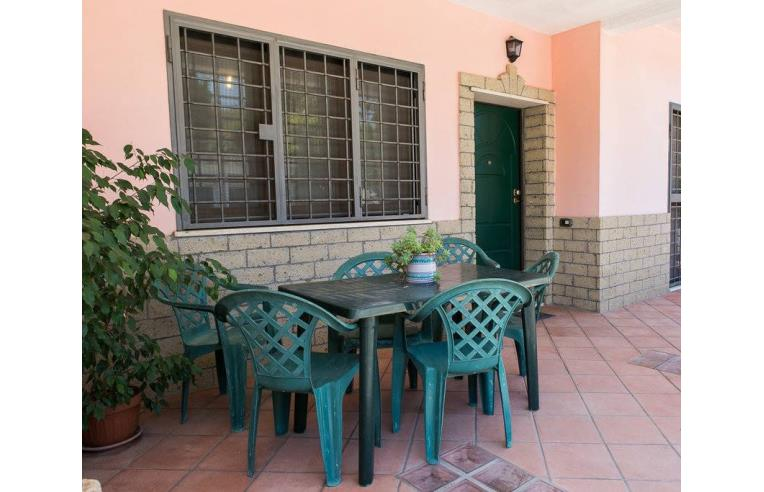 Privato affitta appartamento affitto appartamenti in for Appartamenti arredati roma
