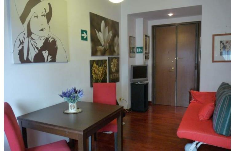 Privato affitta appartamento vacanze centrale vaticano for Affitto roma cipro