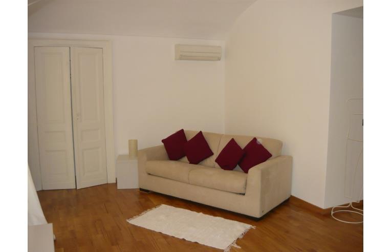 Privato affitta appartamento splendido appartamento for Appartamento arredato torino