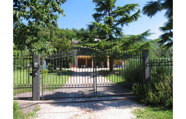 Privato affitta appartamento vacanze appartamento margherita con giardino e piscina annunci - Casa vacanza con giardino privato liguria ...