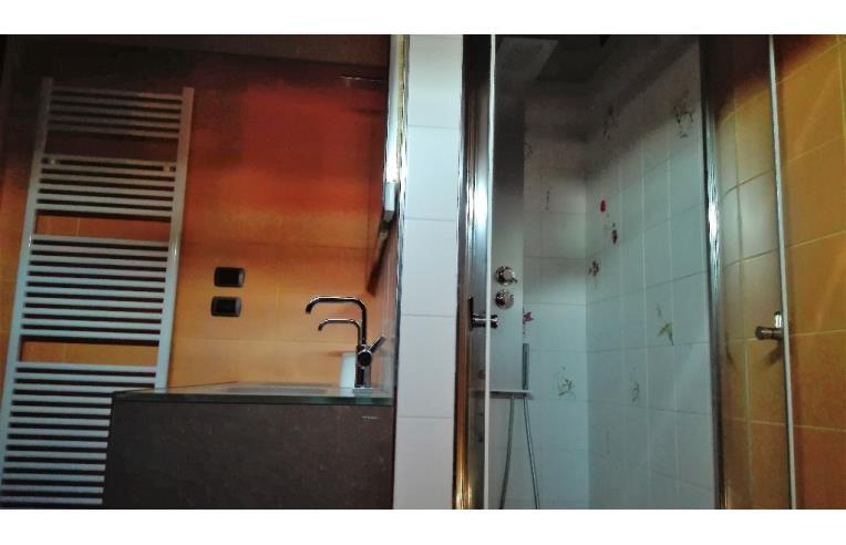 Privato affitta stanza singola camera singola a due passi da milano per 20 gg annunci - Singola con bagno privato milano ...
