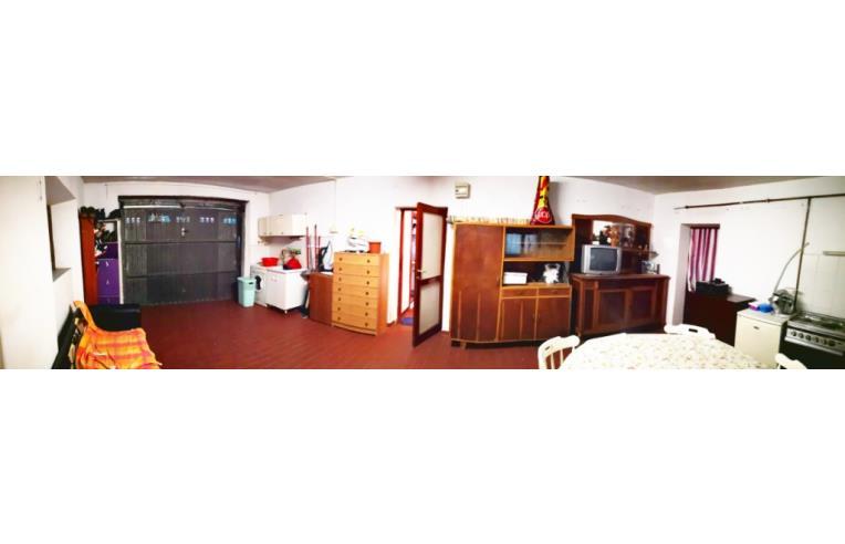 Foto 2 - Casa indipendente in Vendita da Privato - Lucca, Zona Monte San Quirico