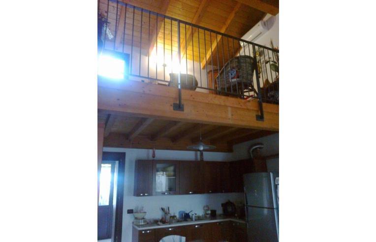 Privato vende appartamento appartamento come nuovo c for Piani di cabina di tronchi di 2 camere da letto