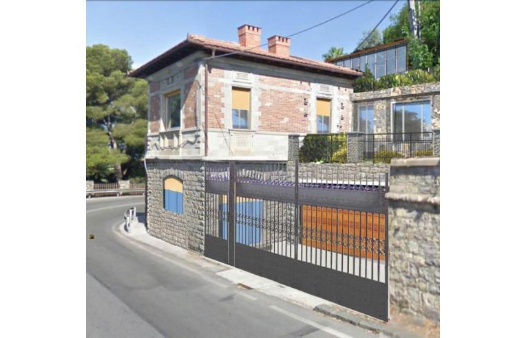 Privato vende casa indipendente casa indipendente for Casa indipendente genova
