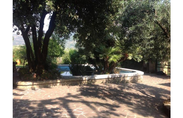 Privato vende villa villa annunci cori frazione - Custode con alloggio ...