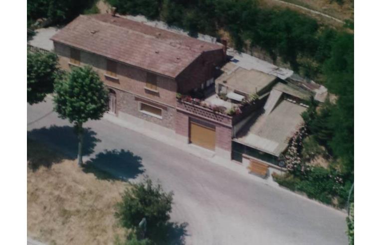 Foto 1 - Casa indipendente in Vendita da Privato - Trequanda, Frazione Petroio