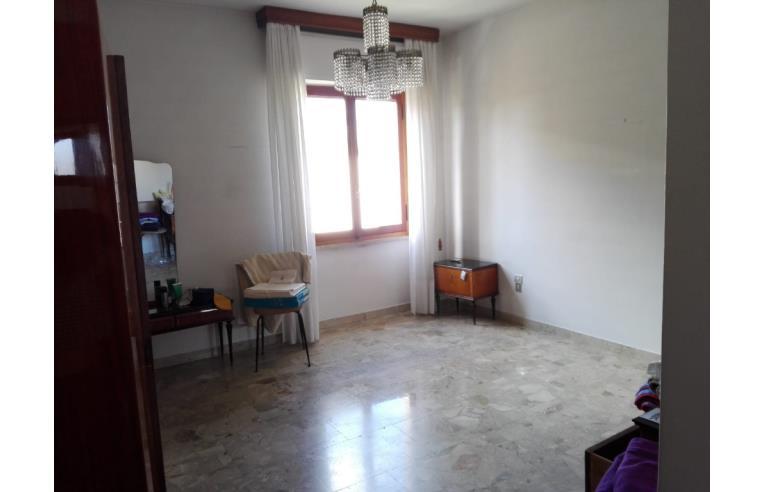 Foto 5 - Appartamento in Vendita da Privato - Nuoro, Frazione Centro città